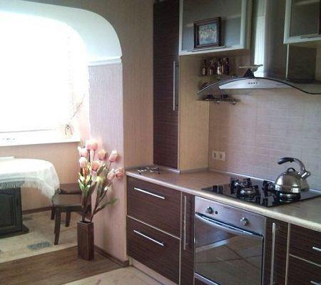 Дизайн маленькой кухни фотографии