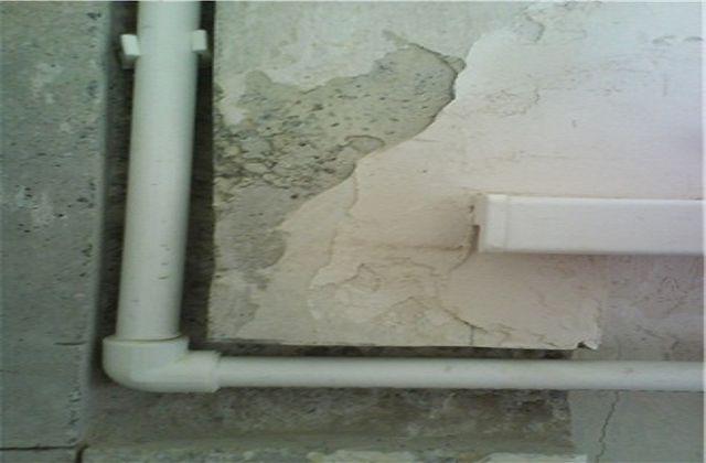 Как штробить стены под трубы