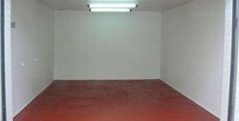Чем отделать стены гаража внутри