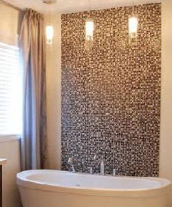 Наклеены стеклообои в ванной
