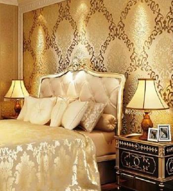 обои шелкография изменят восприятие спальни
