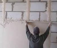 Как правильно наносить шпаклевку на стены