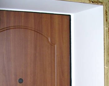 Устройство дверных откосов из штукатурки