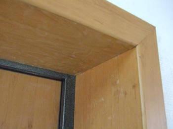 Зашивка откосов панелями МДФ